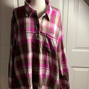 Lane Bryant 26/28 pink plain button-up shirt